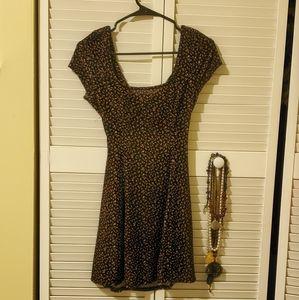 Beautiful short dress 💘